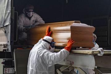 OBARAJU CRNE BROJKE: U Italiji je umrlo gotovo 1000 ljudi SAMO DANAS