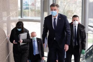 TELESKOP EKSKLUZIVNO OTKRIVA: Plenković prije dva tjedna organizirao tajni sastanak s urednicima vodećih hrvatskih medija