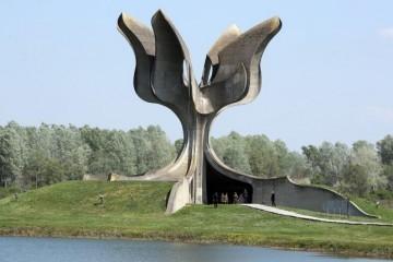 28. travnja 1945. Partizani iz Srbije ulaze u Jasenovac – svjedočanstvo Dražena Ercegovića o partizanskom logoru Jasenovac i ubijanjima logoraša