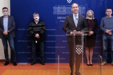 """DOMOVINSKI POKRET: """"Cijepljenje ide PRESPORO, vlada živi u paralelnom svijetu"""""""
