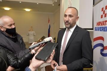 SUVERENISTI idu u utrku za SPLIT, suprotstavit će svog kandidata Kerumu i Krstulović-Opari