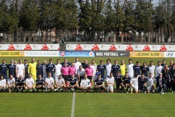 Humanitarna utakmica: Na stadion u Petrinji istrčali su Kranjčar, Boban, Šuker, Čeferin, Srna…