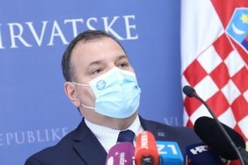 """CAPAK: """"Virus se sad širi horizontalno"""", BEROŠ: """"Ljudi odustaju od cijepljenja Astra Zenecom pa smo htjeli primjerom pokazati da je sigurno"""""""