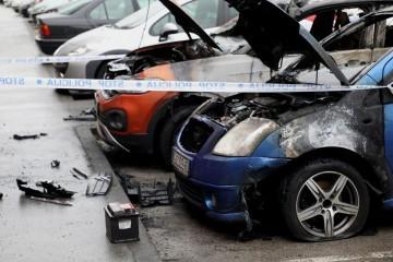 Noćas izgorjelo više parkiranih automobila na Jarunu