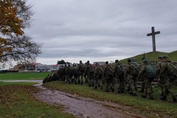 Pripadnici Hrvatske vojske počeli hodnju prema vojarni u Puli koja će nositi naziv 'Hrvatski branitelji Istre'