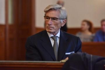 Pet dana prije nego bi trebao u zatvor, Horvatinčić se pokupio u Beč na operaciju!
