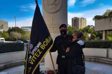 Splitska policija izvijestit će DORH o okupljanju kod spomenika 9. bojne HOS-a