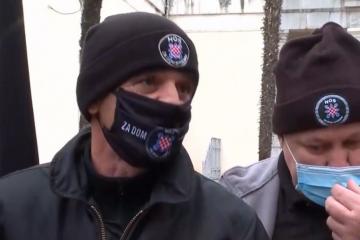 """TRAŽI SE ZABRANA – Milošević: """"Nema dileme da je ZDS ustaški pozdrav"""". Jandroković: """"Razdvojiti NDH i Domovinski rat"""""""
