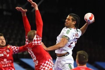 Hrvatski rukometaši nevjerojatnim preokretom ostali u igri za Olimpijske igre