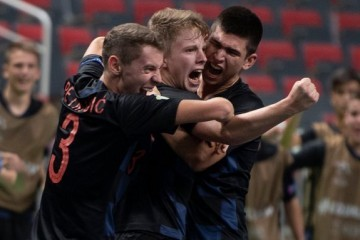 (FOTO) Hrvatska futsal reprezentacija do 19 godina osvojila drugo mjesto na Europskom prvenstvu: 'Napravili smo veliko iznenađenje'