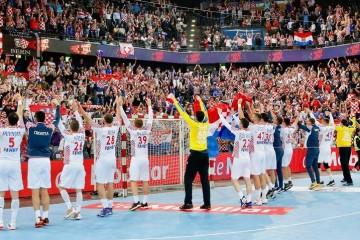 Hrvatska na Euru krenula pobjedom: Hrvatska – Crna Gora 27-21
