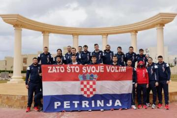 BRAVO, DEČKI Hrvatski rukometaši iz Egipta poručili: Zato što svoje volim - Petrinja!