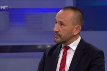 Zekanović : Smatramo da je bilo kakvo izjednačavanje žrtve i agresora neprihvatljivo