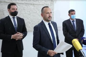 Zekanović: Očekujemo potpise svih koji javno tvrde da život počinje od začeća