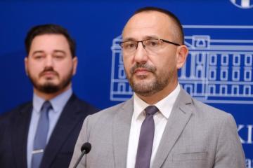 Hrvatski suverenisti počeli prikupljati potpise za zakon o zaštiti života