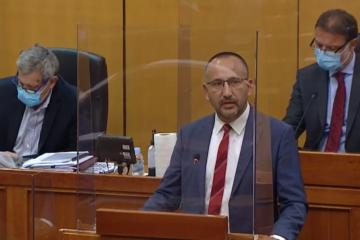 Zekanović napao HRT: Dokumentarac o Trumpu je sramotan; Sačić: Vojsku treba poslati na granicu!