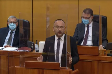 Zekanović: Mogli bi se preimenovati u Karitativnu Republiku
