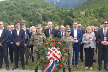 Obilježena 26. obljetnica pokolja Hrvata u Grabovici; najmlađa žrtva imala je samo četiri godine
