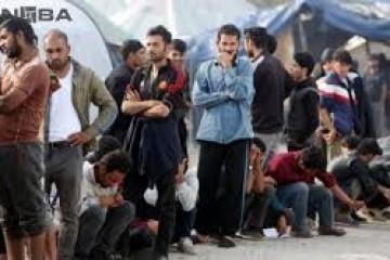 SVE JE NAPETIJE NA GRANICI S BIH: Migranti zapalili više objekata u Velikoj Kladuši, policija upotrijebila silu da ih smiri