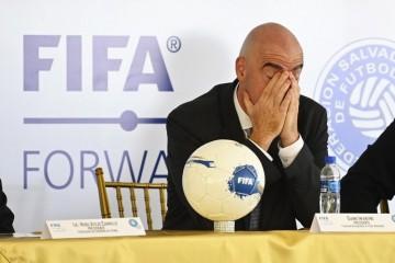 Prvi čovjek svjetskog nogometa otvoreno o povratku na terene: Niti jedna utakmica nije vrijedna ljudskog života...