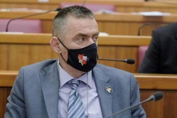 SABOR 'Zakon o civilnim žrtvama pogoduje SDSS-u; pokušat će provući ljude koji su razarali Hrvatsku i stvorili invalide o kojima raspravljamo u prvoj točki'
