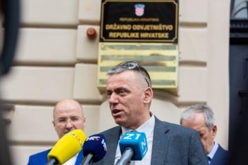 KAMPANJA GORI! Stipo Mlinarić Ćipe podnio kaznenu prijavu protiv Tomaševića zbog nedopuštenog financiranja