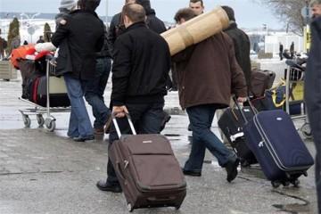 NOVI VAL ISELJAVANJA: Ostajemo bez još 20.000 radnika!