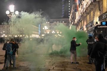 Talijani bijesni zbog novih mjera: Kaos na ulicama Milana i Torina