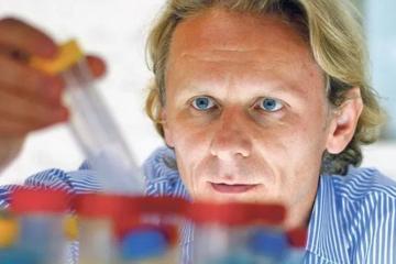 Znanstvenik Ivan Đikić o koronavirusu 'zna sve'!