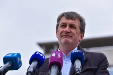 Relković: Mi smo grad koji napola živi nakon potresa