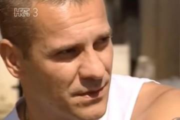 (VIDEO) 30. rujna Dan koprivničkih branitelja – junak Ivica Šafarić-Nindža skinuo jugoslavensku zastavu pred 2000 četnika u Petrinji!