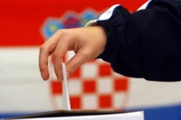 DIP: Do 16,30 sati glasovalo 103 tisuće birača više nego 2014.