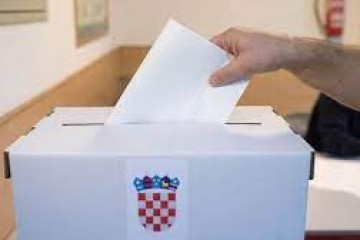 Splitski  kandidati požurili na birališta: Prkić, Ramljak, Mihanović i Puljak obavili svoju građansku dužnost, uranio i župan Boban