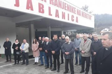 Logoraši Hrvati obilježili zatvaranje zloglasnog logora Muzej u Jablanici u kojem je bilo 60. djece