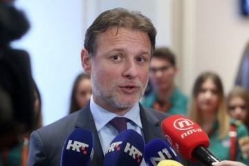 Jandroković osudio napad na kuću zastupnika Zekanovića