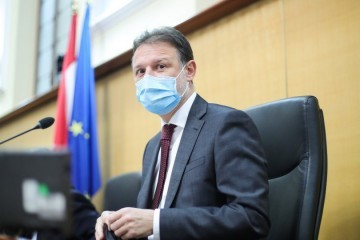 Burno u sabornici o HGK, Jandroković pojasnio: Nema glasanja o tome, to je moja odluka jer su me vladajuću tražili vrijeme za dodatne konzultacije