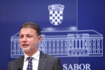 SKANDALOZNO! HRVATI U AUSTRIJI UČE 'BOSANSKO-HRVATSKO-SRPSKI JEZIK! Jandroković: 'Uputili smo notu, radimo na rješavanju tog problema!