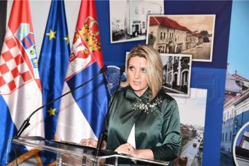 Jasna Vojnić: Svi udžbenici za osmi razred u Srbiji negiraju hrvatski jezik