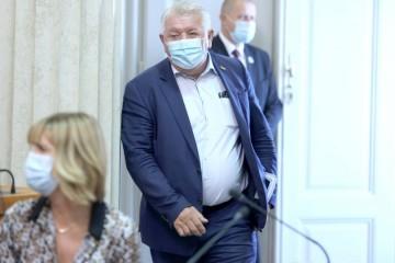 Đakić   napao   Mlinarića   zbog kritiziranja  Zakona o civilnim stradalnicima