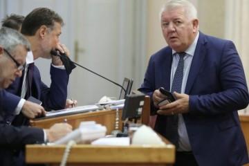 Branitelji o isticanju Deura za predlagača amandmana o blagdanima: 'Još jedan Đakićev udarac na braniteljsku populaciju'