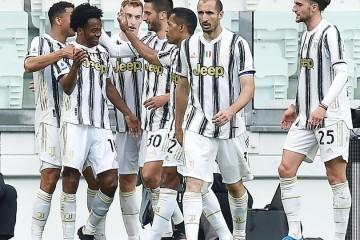 SERIE A  Juventus u dramatičnom derbiju pobijedio Inter i ostao u borbi za Ligu prvaka, Brozović pocrvenio,   Perišić skrivio penal