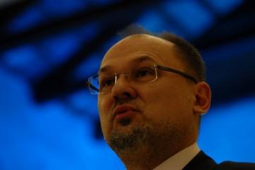 Slovenija revidira svoju zelenu listu, glasnogovornik Vlade isključio   mogućnost da se Hrvatska   ponovo uvrsti na zelenu listu.
