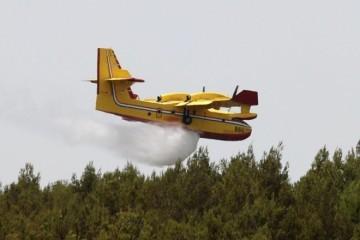 (VIDEO) OPET GORI U DALMACIJI: Dva požara gase kanaderi i gotovo 50 vatrogasaca!