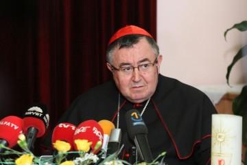 Vjernici Vrhbosanske nadbiskupije prikupili 180.000 eura za Sisačku biskupiju