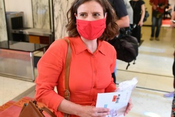 Katarina Peović frustrirana, što je EU Parlament osudio i izjednačio njoj voljeni komunizam kao zločinački i totalitarni režim