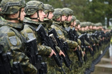HRVATSKI VOJNICI ISPRAĆENI U NATO AKCIJU: 'Sigurnost se ne brani samo na hrvatskoj granici'