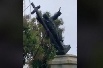 U San Francisku srušili kip svetog Franje – Može li se stati na kraj ovome nasilju, vandalizmu, razbojstvu, pljački?