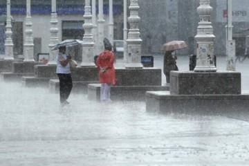 PRIPREMITE KIŠOBRANE! NAKON SUNCA I TOPLINE OPET RAZOČARANJE: Ništa od ljeta! Vremenska prognoza pokvarit će sve planove!