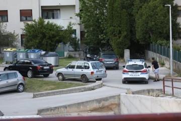 TRAGEDIJA U KNINU  Priveden otac dječaka koji je umro u autu, čeka ga kaznena prijava