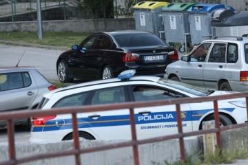 Detalji tragedije u Kninu: Otac zaboravio dijete na stražnjem sjedalu automobila i otišao na posao